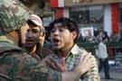 Mısır'da anayasa askıya alındı, parlamento lağvediliyor