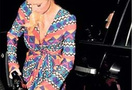 Paris Hilton pompacılığa soyundu