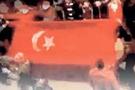 Beşar'ın tanklarına karşı Türk bayrağı