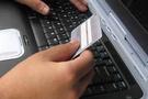 Türkler internetten alışverişi sevdi