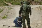 Askeri mevzi yanında bomba düzeneği!