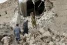 Afganistan depremi bir köyü yuttu