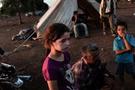 60 bin kişi Suriye-Ürdün sınırına dayandı