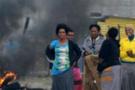 Polis Marikana barakalarını bastı