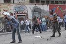 Mısır'da kanlı gösteri:110 yaralı