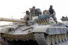 Suriye tankları Golan'a girdi