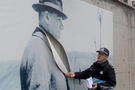 Atatürk fotoğrafını kestiler!