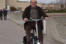 Meclise bisikletle gelen vekil kim?