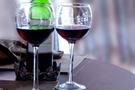 MHP'lilerden resepsiyona alkol tepkisi