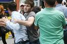 Rize'de halk protestoculara saldırdı