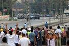 Mısır'da üniversiteyi bile sardılar
