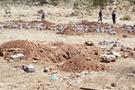 PKK'lının cesedini mezardan çıkardılar