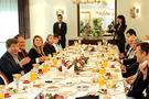 Türk pilotlardan Davutoğlu'na ziyareti