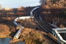 ABD'de raydan çıkan tren facia getirdi