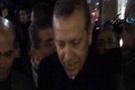 Erdoğan ağlayan genç kızı görünce...