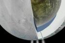 Satürn yeni bir ay doğuruyor