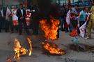 PKK flaması diye bakın ne yaktı...