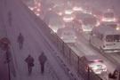 İstanbul'da kar trafiğinin bir günlük faturası