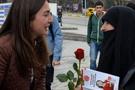 CHP Erzurum adayı oy isterken şoke oldu!