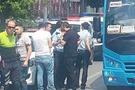 Trafik polisi minibüsçüyü vurdu