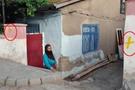 Elazığ'da Alevi evlerine sarı boya!