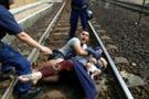 Almanya trenine binen mülteciler, Macar kampında indirildi