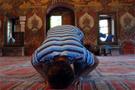 Uykucu imamların foyası meydana çıktı