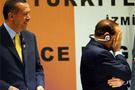 Berlusconi Erdoğanı arkadan vurdu