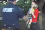 Nöbet geçiren çocuğun hayatını kurtaran polis