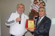 Beşiktaş'ın efsane kalecisi Mete Bozkurt öldü