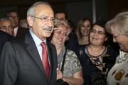 Kılıçdaroğlu öğretmenler gününü kutladı