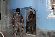 Çamaşır makinesinin altından PKK çıktı