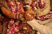 Kardeşinin karısı ile evleniyor! En ilginç gelenek