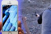 Bir İPhone'un başına daha ne gelebilir? Silahla denedi ve...