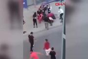 Havaya ateş açanları uyaranlara saldırı kamerada