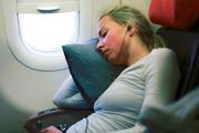 Uçakta uyuyanlar dikkat! Sağır olabilirsiniz...