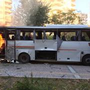 Mersin'de polis aracına saldırı: Olay yerinden görüntüler!