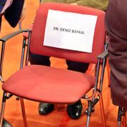CHP Kongresinde Baykal'ın sandalyesi boş kaldı!