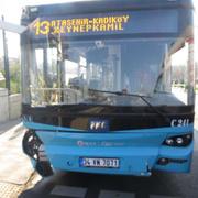Üsküdar'da otobüs durağa girdi olay yerinden görüntüler