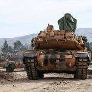 Tanklar yola çıktı! Beşar Esad Afrin'e girerse...