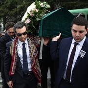Mina Başaran'ın nişanlısı Murat Gezer ağladı Burcu Urfalı'nın eşi...