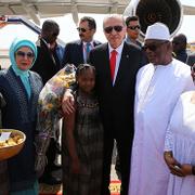 Cumhurbaşkanı Erdoğan'a Mali'de renkli karşılama!