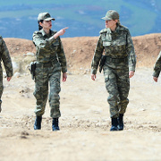 Düşmana korku salan görüntü! İşte Afrin'in kadın subayları