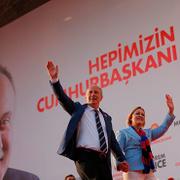 Muharrem İnce'ye İzmir'de büyük ilgi