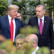 Trump, Erdoğan'la sohbet için Batılı liderleri başından savdı!