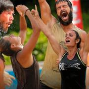 TV 8 Survivor'da aşk! O iki yarışmacı sevgili çıktı böyle ifşa oldu