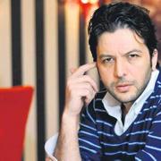 Alıkonulduğu iddia edilmişti! Kızların babasından Nihat Doğan'a şok suçlamalar