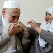 Seyyid Tahir Özışık eli öpülen bir adamdı ama eşi söz konusu olunca el de öperdi