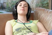 Uykuda bir şeyler öğrenmek hayal mi?