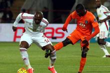 Medicana Sivasspor-Medipol Başakşehir maçının fotoğrafları